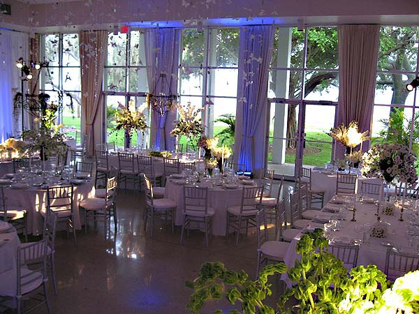 Rentals of the tampa garden club for Window manufacturers tampa